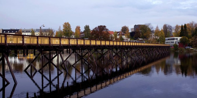 Woden bridge over the Nidelva River as part of the Photo Walk.